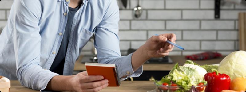 Faire des économies en préparant ses repas pour la semaine et grâce à une liste de courses !