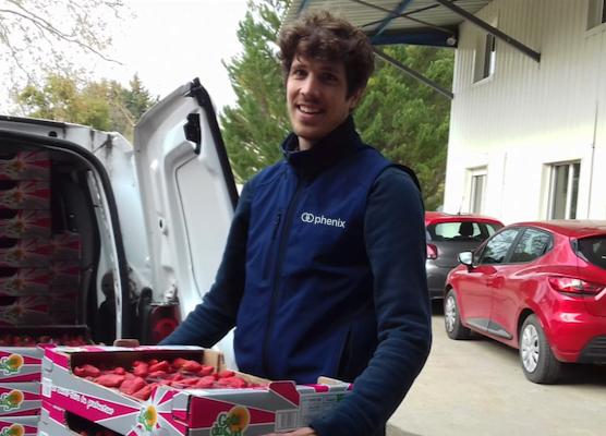 Phenix-aide-les-associations-à-récupérer-les-dons-des-magasins
