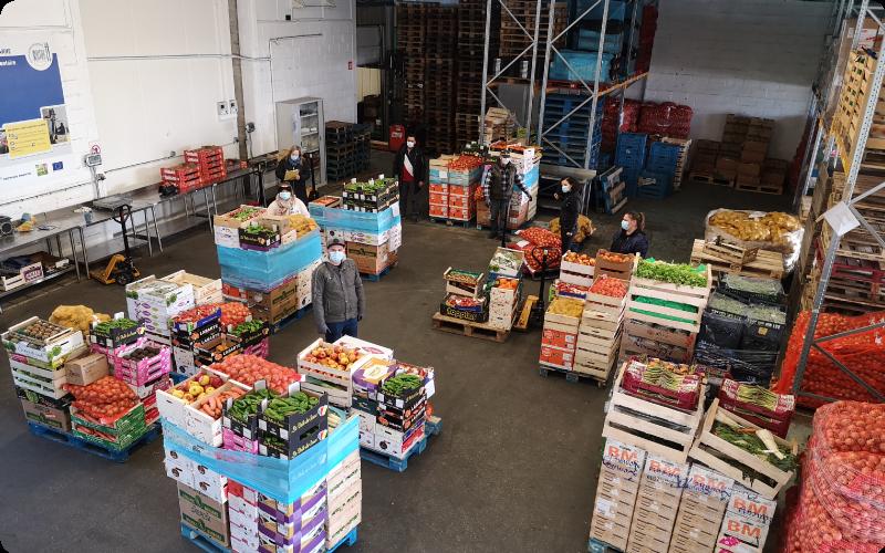 dans-les-entrepots-de-l-association-ANDES-qui-lutte-contre-le-gaspillage-et-la-précarité-alimentaire-en-récupérant-les-invendus-des-commerces
