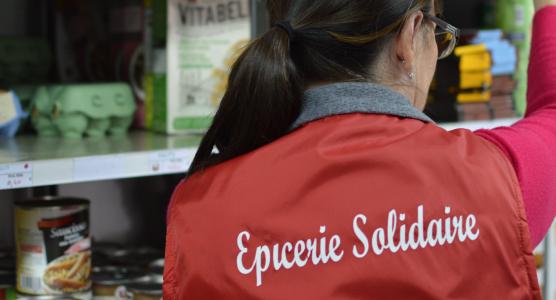 l-épicerie-solidaire-ANDES-vend-des-produits-et-invendus-à-prix-cassés