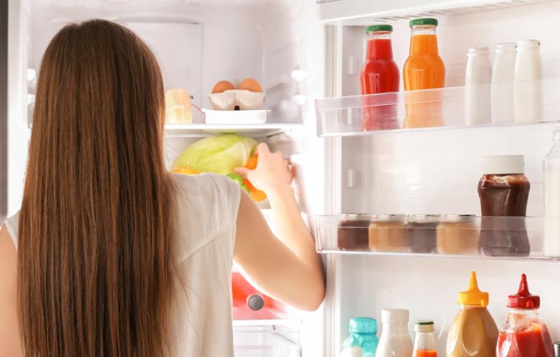 Quelques conseils pour bien ranger son frigo et éviter le gaspillage alimentaire